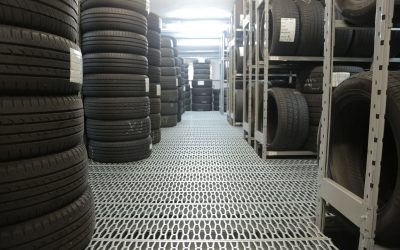 stack-of-rubber-tires-3806252
